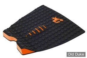 PAD / GRIP SURF - 3 PIECES - ARCHE CENTRALE - CREATURES OF LEASURE - 310 x 300 - MICK FANNING signature - NOIR / ORANGE