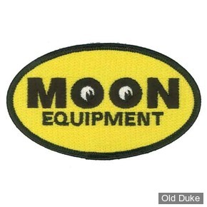 ECUSSON MOONEYES - MOON Equipment Oval Patch